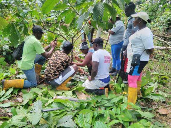 Mujeres afro-ecuatorianas por el desarrollo social