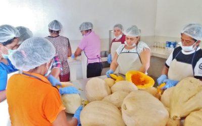 Apoyando el emprendimiento femenino en Ecuador